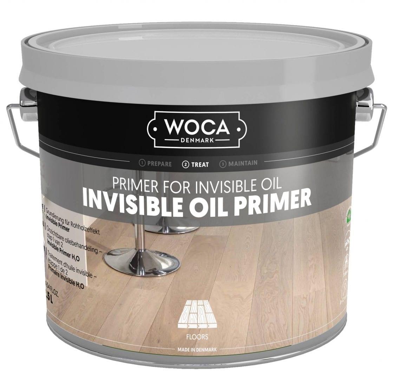 De vloer oliën